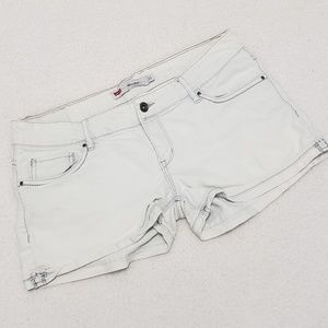 Size 11 Levi Shorty Shorts